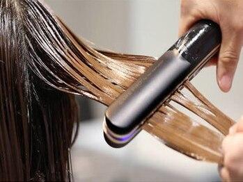 ララ(LALA)の写真/様々な髪質に合わせた《髪質改善》が可能◎クイックタイプ~本格的なトリートメントまで豊富に取り揃え◇