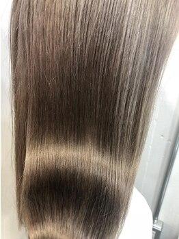 ヘアメイクワンプラス(ONEplus)の写真/カラーリングやブリーチで傷んだ髪の救世主☆大人気『MYFORCE』導入サロン!毛先まで抜かりなくケア