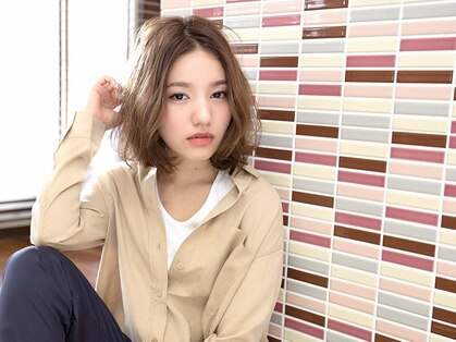 エム 綾瀬店(hair make e6+)の写真