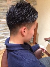 綾瀬 ダズルヘアデザイン(Dazzle Hair Design)ワイルド2ブロック【Dazzle Hair Design 綾瀬】