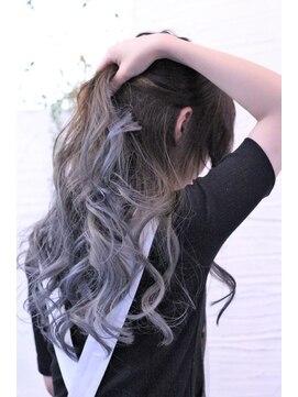 ヘアー ロギア(hair LOGiA)★hair LOGIA★  〇summerグレーダブルカラー