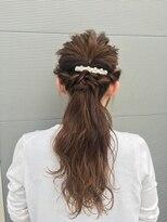 ヘアークリニック ラクシア 石巻(Hair Clinic LAXIA Ishinomaki)ラフウェーブハーフアップ