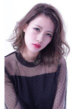 ルチア ヘア カバナ(Lucia hair cabana) high light of ash beige/out swing BOB