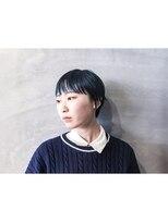 イデア(idea)【ショート×ブルー】ヘアスナップ・佐々木