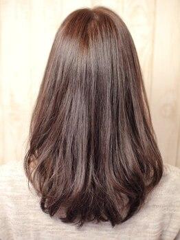 アンジェリーク(ANGELIQUE)の写真/癖は可愛く活かしましょう♪髪と上手に向き合う2つの方法♪(1)クセを活かすストレート(2)癖毛専用カット!