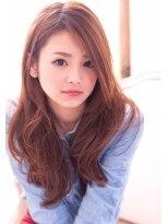 黒髪のシャンパーニュ栄久屋大通]外国人風フェミニンロングby浦谷画像