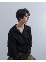 マウロア(MAULOA)【MAULOA】暗髪×絶壁解消ショートヘア