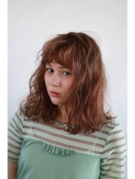 ヘアーメイクデザインパフ(HairMakeDesign Paf)ほつれカールロブ