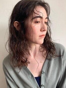 """アンティ(ANTI)の写真/『美容師が思うパーマをかけてみたいサロン""""ANTI """"』低ダメージで手触り軽やかな外国人風パーマが叶う"""