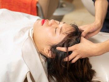 アックスナチュラリー(AXE naturally)の写真/オーダーメイドの『Aujuaスパ』疲れている時にはもちろん、頭皮や髪のお悩みにもオススメ!