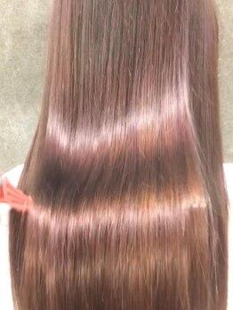 ガレリア エレガンテ 春日井店(GALLARIA Elegante)の写真/話題のAujua取扱い☆髪質に合わせたフルオーダートリートメントなので、触れて分かる違いを感じて下さい!