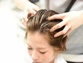 """フィズ ヘア 三条店(fizz hair)の写真/『いつもよりちょっと贅沢したい…』そんなあなたにヘッドスパがオススメ!""""fizz hair""""で極上のスパTIMEを。"""