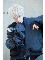 リップス 吉祥寺アネックス店(LIPPS)韓流 ホワイト クラウド マッシュ マッド 無造作ショート