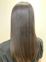 リゾーム デ リアン(Rhizome des liens)大人女子はツヤ髪で勝負!ツヤサラ黄金縮毛矯正