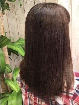 リレア(Relea)の写真/痛みの少ないオーガニックカラーで艶めく髪に。薬剤独特の匂いも少なく、繰り返し染めても上品なカラーに♪