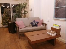 リルハ(RIRUHA)の雰囲気(まるでカフェのような落ち着ける空間のサロン♪)