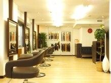 ヘアデザイン ヴォワール(hair&design voir)の雰囲気(リニューアルしたての広々とした店内で、ゆっくりヘアチェンジ♪)