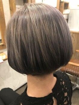 リュエル(ruelle)の写真/白髪染めでもイルミナカラーで色味が楽しめる!大人女性のヘアスタイルの楽しみに…♪[ruelle]