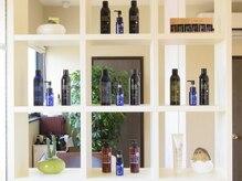 ヘアデザインフルーヴ(hair design fleuve)の雰囲気(オーガニックノート取扱店舗。香りも豊富で6種類あります。)