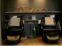 ヘアー テクニカ(hair Technica)の雰囲気(フルフラットの心地良いシャンプ-台で極上のリラックスを・・・)