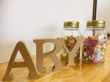 アリー(ARY)の写真