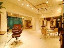マプナ(MAPUNA)の雰囲気(店内はお客様同士が気にせずゆっくりできる空間です。)