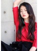 【LOJE】暗髪で魅せるニュアンスロング