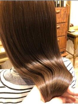 ヘア ガーデン モカ(hair garden moca)の写真/【ダメージで悩んでる方必見】髪に柔らかさ・潤い・まとまりを与え、こだわりの薬剤でうるツヤ髪へ導く。