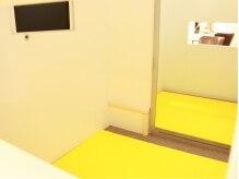 ステリア(Steria by Hoshimure)の雰囲気(施術中でも見守れる小窓が嬉しい♪キッズスペースあり★)