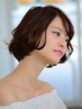 アリシア(ALICIA)の写真/【大人女性専門美容室】白髪の発生を抑える《白髪抑制カラー》に注目◇ダメージを抑えて理想のスタイルに♪