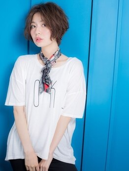 エル トウキョウ(ELLE tokyo)の写真/【白髪染めもしたいしお洒落にもしたい!】とお考えの方!赤みを打ち消したお洒落な白髪染めを楽しめる♪
