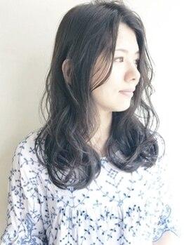 アッサンブレトウキョウ 月島店(Assemble Tokyo)の写真/≪4/1NEWOPEN≫30・40代から気になり始める白髪をしっかりカバー!丁寧な施術でしなやかな手触りのツヤ髪へ