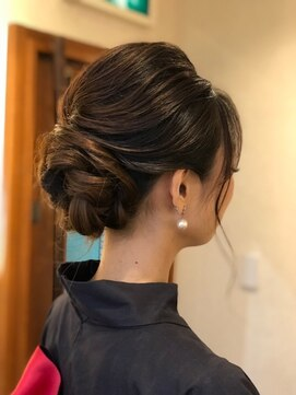 ヘアースタジオ ミツル(hair studio 326)和装アップスタイル