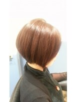 40代50代に似合うツヤグラスタイル「美髪ボブ」
