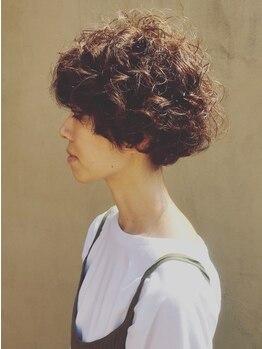 グラマー GLAMOURの写真/朝のスタイリングも簡単♪髪の癖も活かした【GLAMOUR】のカールで、最旬トレンドをあなたのものに☆