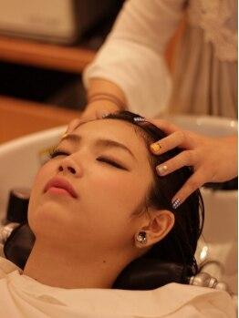ローブ(L'Aube)の写真/ナノスチームで頭皮と髪をしっかり保湿し根本フワッを立ち上げます♪【L'Aube】のヘッドスパで健康な頭皮へ