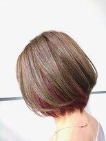 マルカ(marca)【Color Style】 ブリーチ × ピンクが可愛いインナーカラー♪