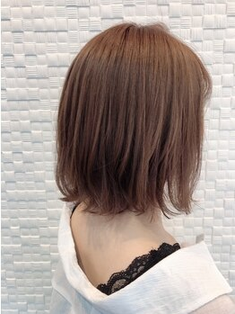 アプレ(APPELER)の写真/【ファッションカラーと変わらない質感…*】抜群の透明感と艶で白髪をオシャレに染める★