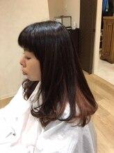 マーキア(Maackia)ツヤ髪ロングヘアー