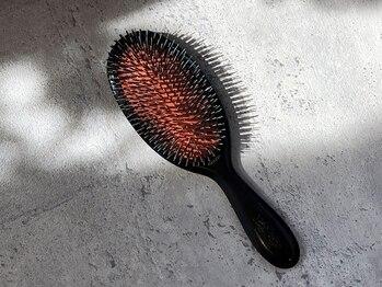 ローラン(rollant.)の写真/【極上のリラックス体験◆Depthヘッドスパ+カット¥7900】頭皮のスキンケアで髪にハリとコシを与える!