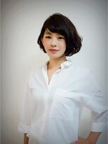 パーフェクトビューティーイチリュウ(perfect beauty ichiryu)暗髪ボブでラフにエレガント