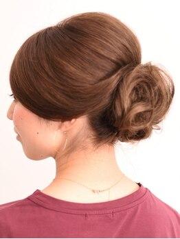 スーズ(suze)の写真/【東銀座・銀座駅徒歩5分】徹底的にケアにこだわった上質グレイカラーで、上品で柔らかな魅せる髪へ。