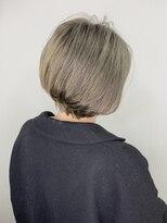 ソース ヘア アトリエ 京橋(Source hair atelier)【SOURCE】シルバーグレージュショートボブ
