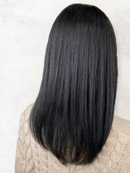 ウェイク ヘアー メイク(wake hair make)の写真/輪郭も違って見える!前髪&顔周りの毛先1mmまでこだわったフィット感重視のデザインで小顔スタイルへ★