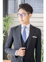 トライベッカ 浦和店(TRIBECA NY∞K)刈り上げツーブロック・スーツに似合う髪型・メンズビジネスヘア