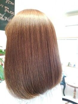 """ヘアーアンドボディメイク希(Hair Body make 希)の写真/【縮毛矯正】で、なめらかな""""ちゅるん""""とした本来の髪質に♪ハネやウネリ、強い癖で悩んでいる方に◎"""