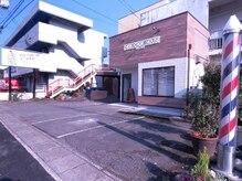 チョキチョキハウス(CHOKICHOKI HOUSE)の雰囲気(広々とした駐車場完備)