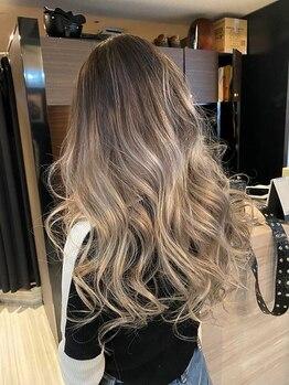 フォックス 四日市店(FOX)の写真/ハイクオリティだから叶えられる☆憧れの透明感カラーをあなたの髪でしっかり再現◎繊細な色味もお任せ♪