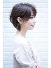 ヘアーアンドファッションシオミエイチ (hair&fashion shiomi H)shiomi H 大人可愛い耳掛けクラシカルボルドーショート