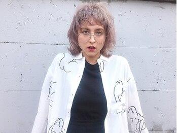 ベティ(Bettie)の写真/ハイトーン~ダークトーンまで透け感に拘った外国人風カラーを表現。BettieらしいGirlyで柔らかい雰囲気に